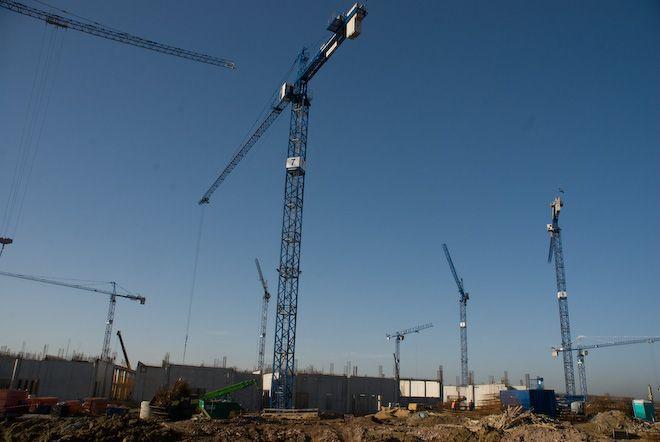 Plac budowy stadionu na Maślicach.