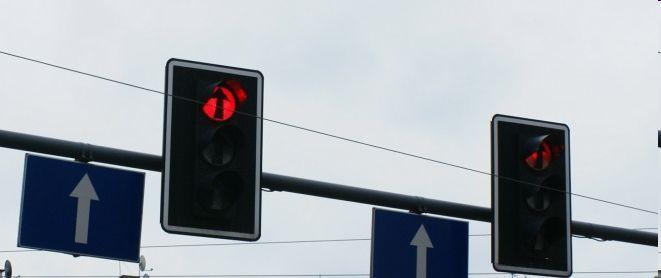 Mimo korekty sygnalizacji w Krynicznie, kierowcy na wylocie z Wrocławia w stronę Poznania wciąż tkwią w korkach