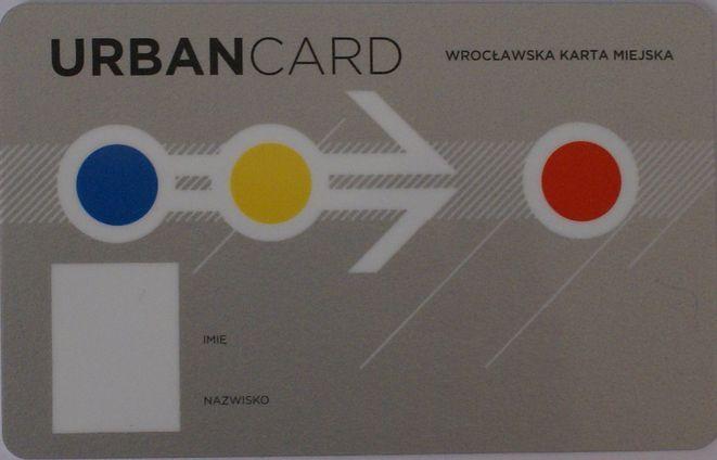 Okazuje się, że elektronicza karta miejska zamiast pomóc - poduje spore kłopoty