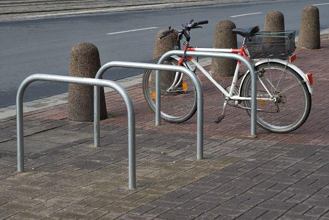 We Wrocławiu zakończył się montaż 675 stojaków rowerowych