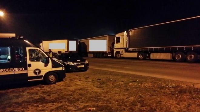 Wrocławscy inspektorzy transportu drogowego złapali kilku kierowców tirów, którzy prowadzili pojazdy dłużej niż jest to dozwolone