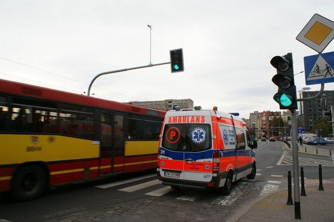 Jedna z osób poszkodowanych w wypadku na Podwalu jest w szpitalu