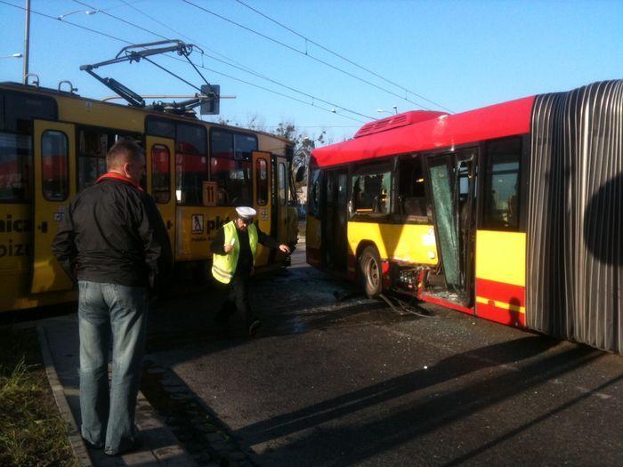 Podróże w tramwajach i autobusach są najbezpieczniejsze, pw