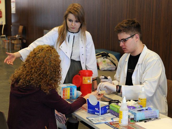 Propozycja skierowana jest do studentów Uniwersytetu Medycznego we Wrocławiu