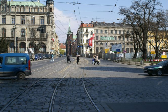 Urzędnicy będą wydłużali zielone światło dla pieszych, bk