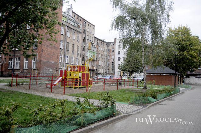 Wnętrza wrocławskich podwórek są rewitalizowane od kilku lat