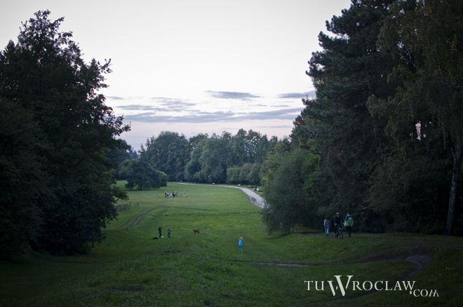 Park Grabiszyński - wzgórze zwane ''Małą Sobótką''
