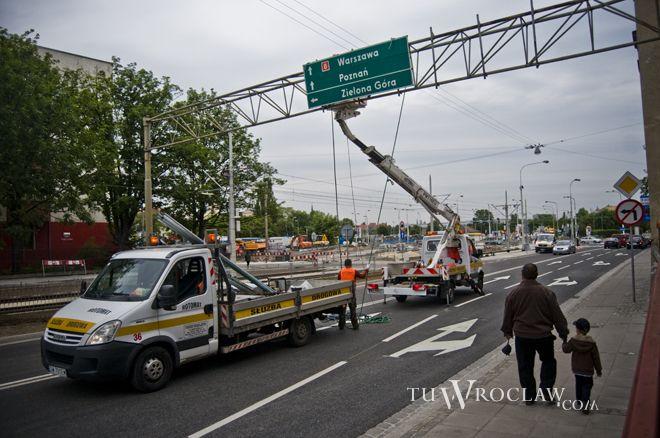 Trzeba będzie zwolnić, choć droga po przebudowie została oddana do użytku w połowie 2012 roku