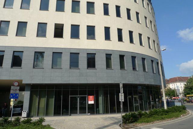 Magistrat wystawi na sprzedaż budynki najnowsze, jak ten, w którym znajduje się departament spraw społecznych...