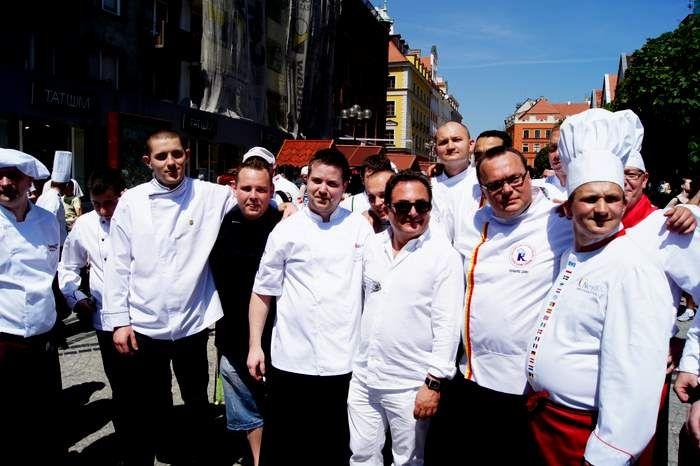 Potrawy zostaną przygotowane przez wrocławskich kucharzy pod czujnym okiem Roberta Makłowicza