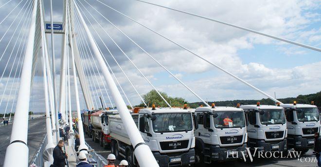 Most Rędziński na autostradowej obwodnicy Wrocławia ugiął się o 47 centymetrów, bk