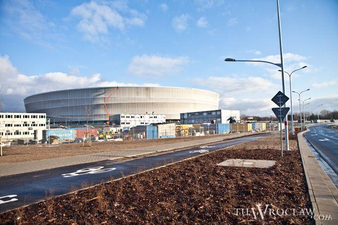 Kontenerowe miasteczko budowlańców sukcesywnie będzie znikać z sąsiedztwa stadionu przy alei Śląskiej