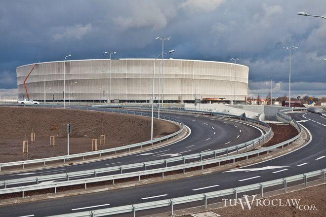 Radni opozycji chcą wysłuchać stanowiska wszystkich stron zamieszanych w aferę stadionową