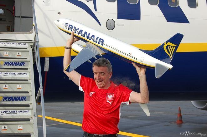 Prezes Ryanair Michael O'Leary już myśli o kolejnym samolocie staconującym we Wrocławiu