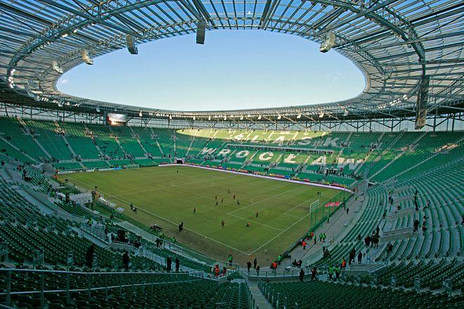 8 czerwca w pierwszym meczu Euro we Wrocławia zagrają reprezentacje Rosji i Czech