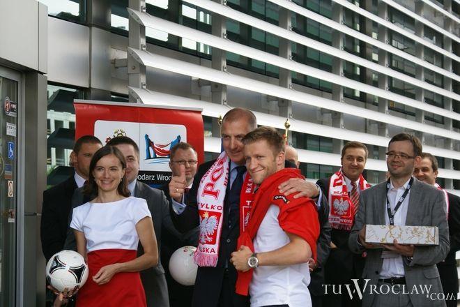 Prezydent Rafał Dutkiewicz znów będzie mógł uściskać kapitana naszej reprezentacji
