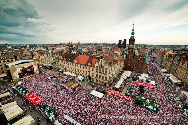 Czy widowisko zapowiadające ESK przyciągnie na wrocławski Rynek tłumy?