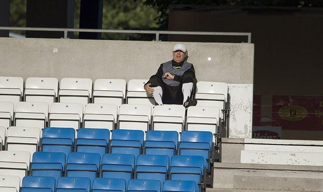 Samotność trenera przed meczem. Co wymyśli trener Orest Lenczyk?