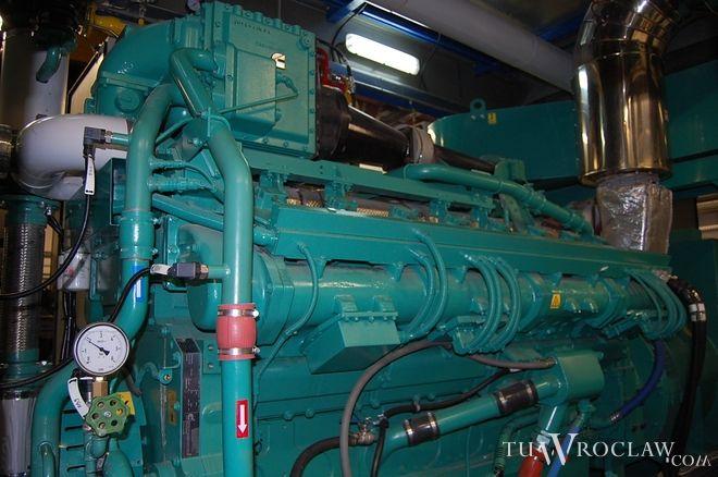 Instalacja trigeneracyjna jednocześnia dostarcza ciepło, chłód i prąd