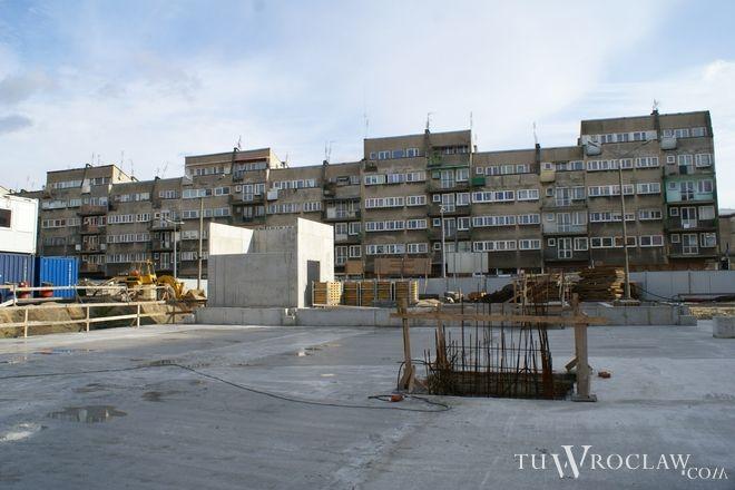 Gotowa jest już cała konstrukcja parkingu na placu Nowy Targ