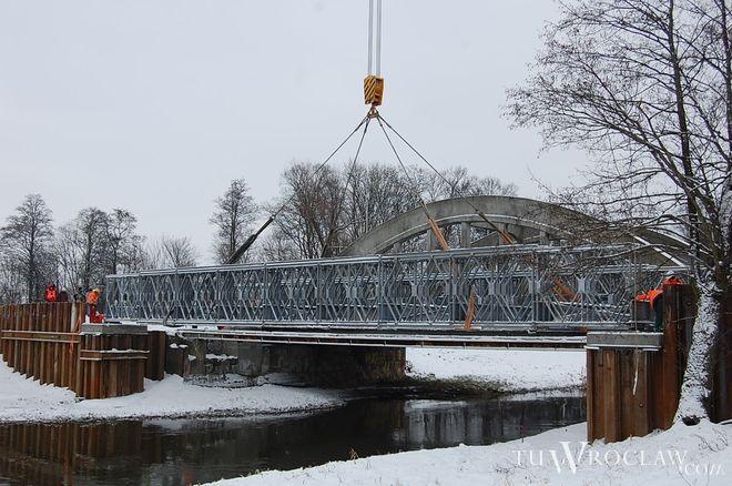 Od kwietnia kierowcy korzystają już z tymczasowego mostu na Widawie przy wylocie na Poznań