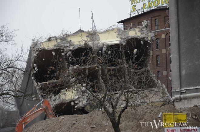 W sobotę wysadzono w powietrze ostatnią część elewatora młyna Sułkowice