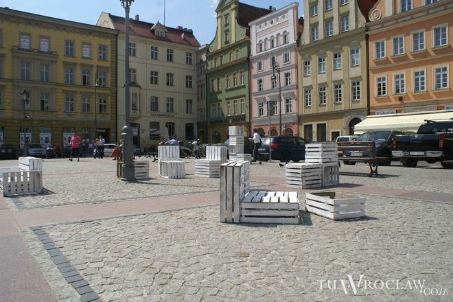 Na placu Solnym wkrótce stanie boisko do squasha