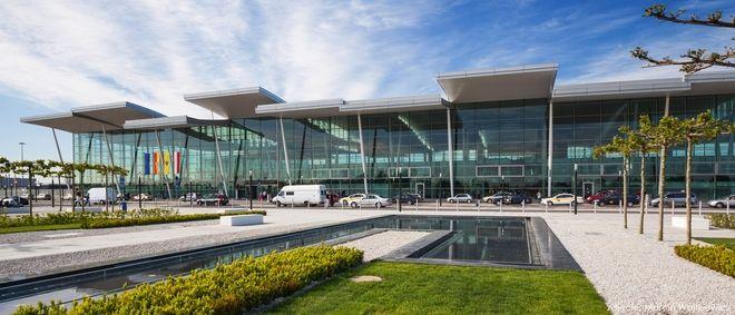 Nowy terminal wrocławskiego lotniska funkcjonuje od marca 2012 roku