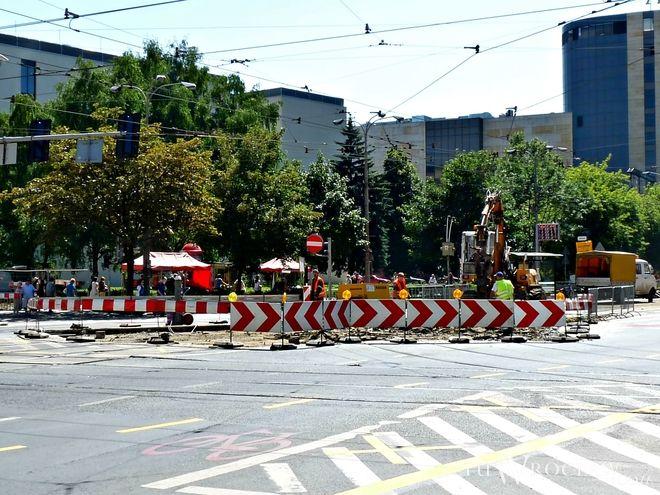 We Wrocławiu od wielu lat trwa wymiana rozjazdów i zwrotnic tramwajowych