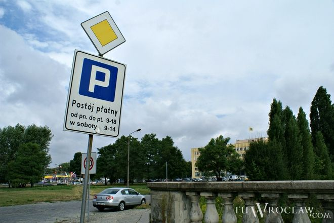 Za parkowanie będzie można zapłacić bilonem czy Urbancard