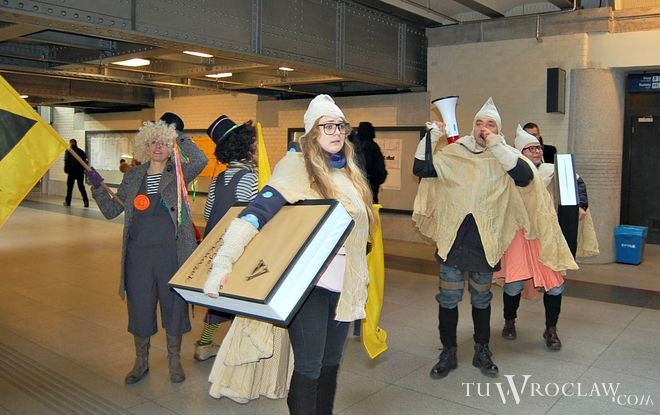Mole książkowe zapraszają na dworzec Wrocław Główny