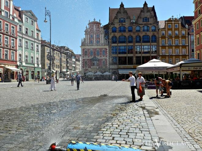 Wrocławianie będą musieli szukać miejsc do ochłody