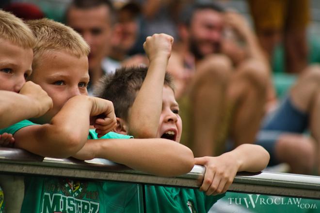 Klub zachęca młodych kibiców wraz z rodzicami do brania udziału w zawodach