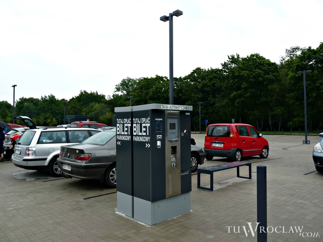 W rejonie wrocławskiego zoo nie zawsze jest gdzie zaparkować