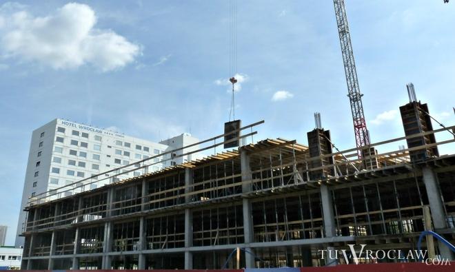 Wiosną zeszłego roku ruszyła budowa pierwszego budynku Centrum Południowego