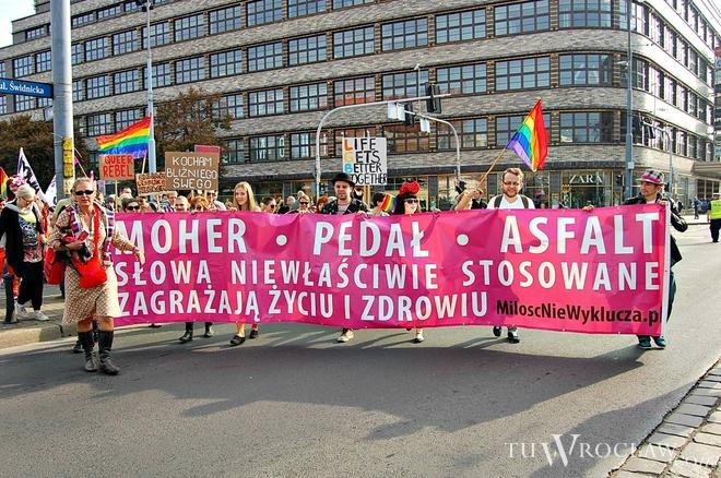 Marsz Równości wyruszył spod pomnika Bolesława Chrobrego