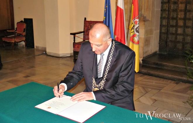 W poniedziałek Rafał Dutkiewicz został zaprzysiężony na kolejną kadencję na stanowisku prezydenta Wrocławia