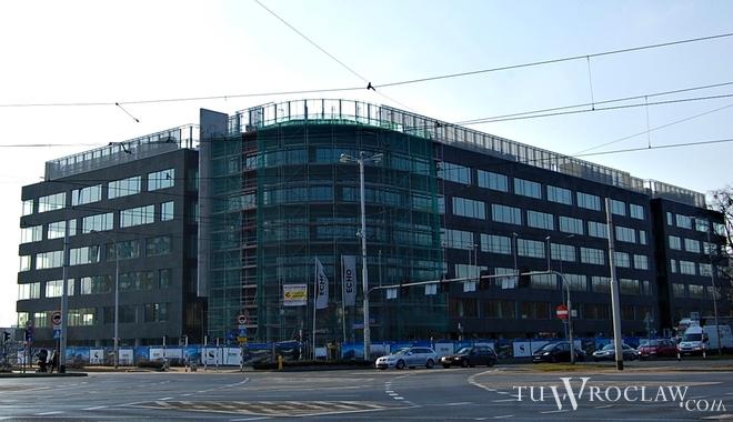 Aktywność deweloperów jest we Wrocławiu bardzo wysoka - w budowie znajduje się ponad 160 000 metrów kwadratowych biur