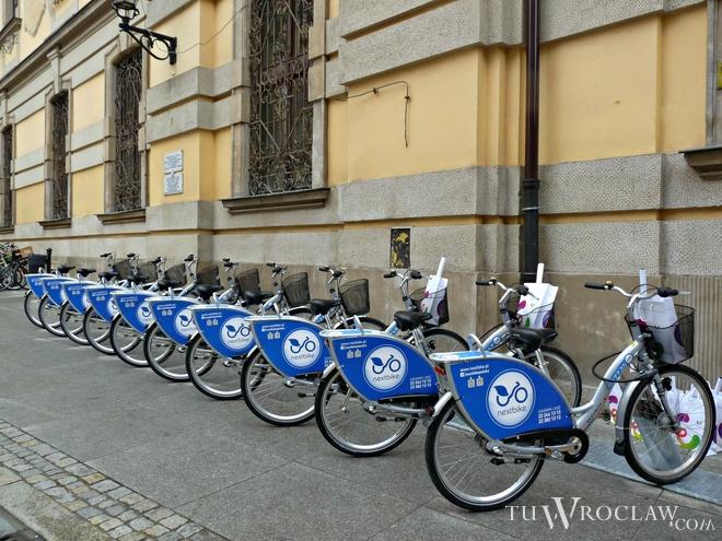 W ciągu ostatnich kilku dni wrocławscy policjanci w kilku różnych sytuacjach zatrzymywali osoby podejrzewane o kradzież roweru miejskiego