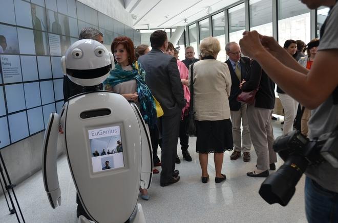 Firma General Robotics zaprezentowała swojego robota – EuGeniusa