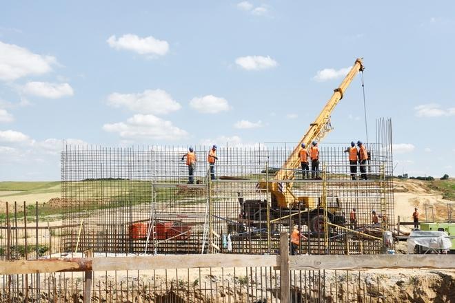 Trwają intensywne prace na budowie odcinka drogi ekspresowej S5 od Marcinowa do węzła Wrocław Północ