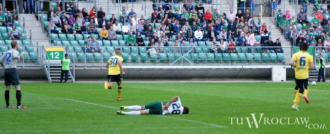 Zdjęcie idealnie podsumowujące Śląsk Wrocław po meczu z Cracovią. ''Pasy'' solidnie zlały zespół Tadeusza Pawłowskiego