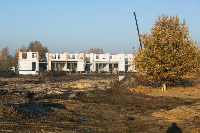 Na Nowych Żernikach powstają już pierwsze budynki mieszkalne