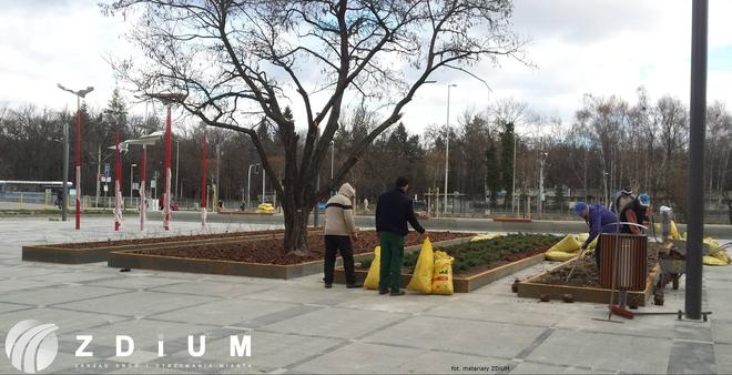 W ubiegłym tygodniu zakończyły się zasadnicze prace wykonawcze na placu miejskim między ulicami Szybowcową i Lotniczą