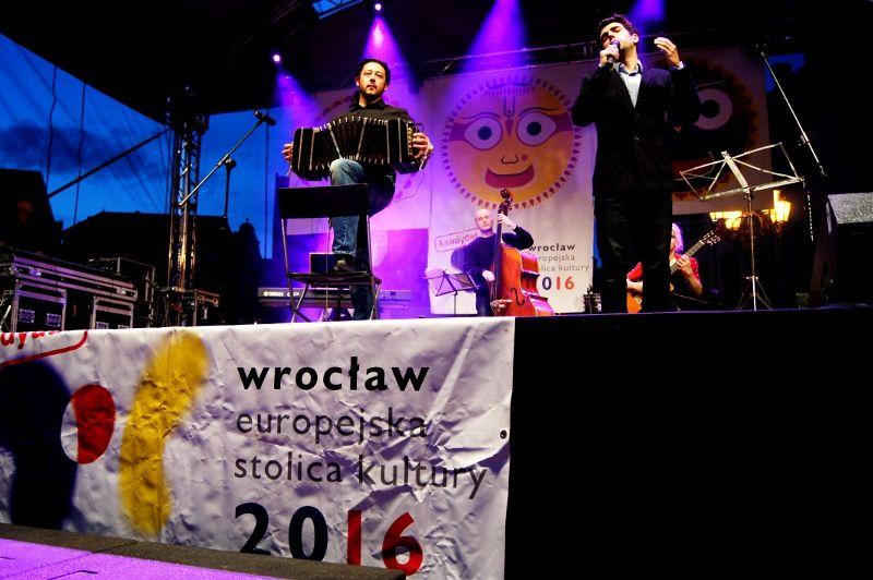 Dwa tysiące wrocławian świętowało tytuł Europejskiej Stolicy Kultury 2016, Miłosz Nowak