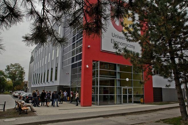 Gmach CKU UE we Wrocławiu
