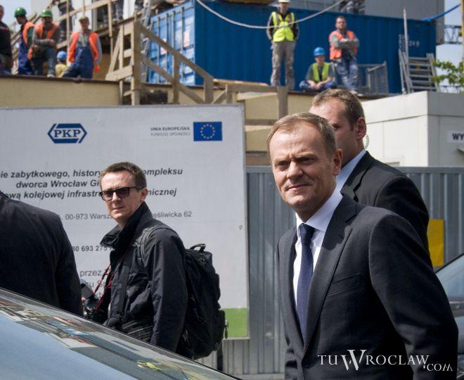Donald Tusk do Wrocławia przyjechał pociągiem