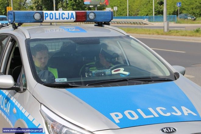 Policjanci złapali szaleńca