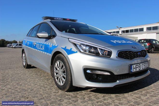 Policjanci w całym regionie dbają o bezpieczeństwo na drogach