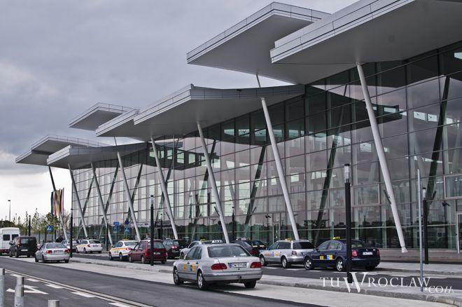 Nieopodal nowego portu lotniczego ma powstać hotel
